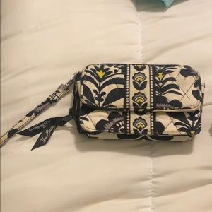 Vera Bradley wristlet/crossbody bag